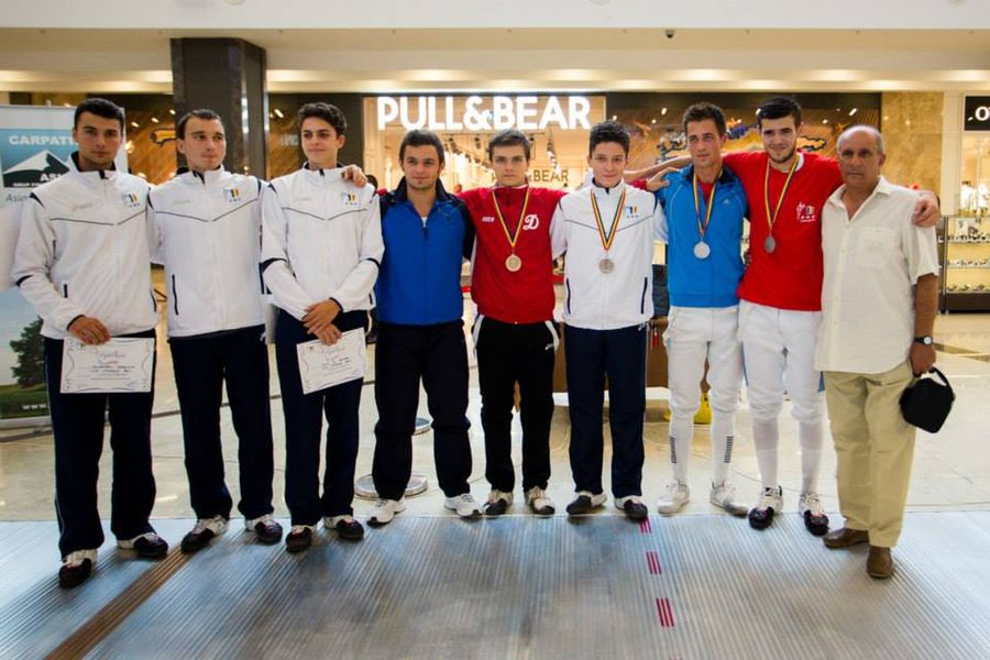Campionatul national de juniori sabie - Iasi 2013